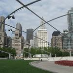 "Chicago Millenium Park<a href=""http://farm5.static.flickr.com/4016/4544282194_f443201285_o.jpg"" title=""High res"">∝</a>"