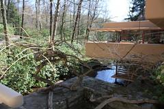 Fallingwater Exterior (iriskh) Tags: franklloydwright fallingwater waterscape efs1855mmf3556is canonxsi