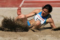Susanne Meier Memorial 2010 (Robi33) Tags: sport start schweiz meeting basel sprung schiedsrichter kugel laufen geschwindigkeit springen wettkampf zuschauer stabhochsprung leichtathletik hochsprung laufbahn hochspringen technischedisziplin stadionschuetzenmatte