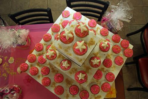 pee wee starfish cupcakes