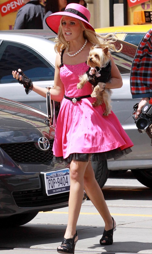 ashley-tisdale-060710-2