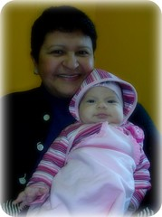 Mame e Sofia Nilce... (Joana Joaninha) Tags: familia amor feliz vov neta babando joanajoaninha