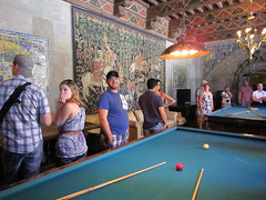 Sergio in the Hearst Castle billiards room. (06/06/2010)