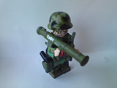 Swedish soldier picture 5 ( !! ) Tags: green training cat woodland soldier army gun lego fig sweden military helmet knife mini swedish camo weapon guns minifig camoflauge weapons svea at4 ak5 ak4 brickamrs bandoiler