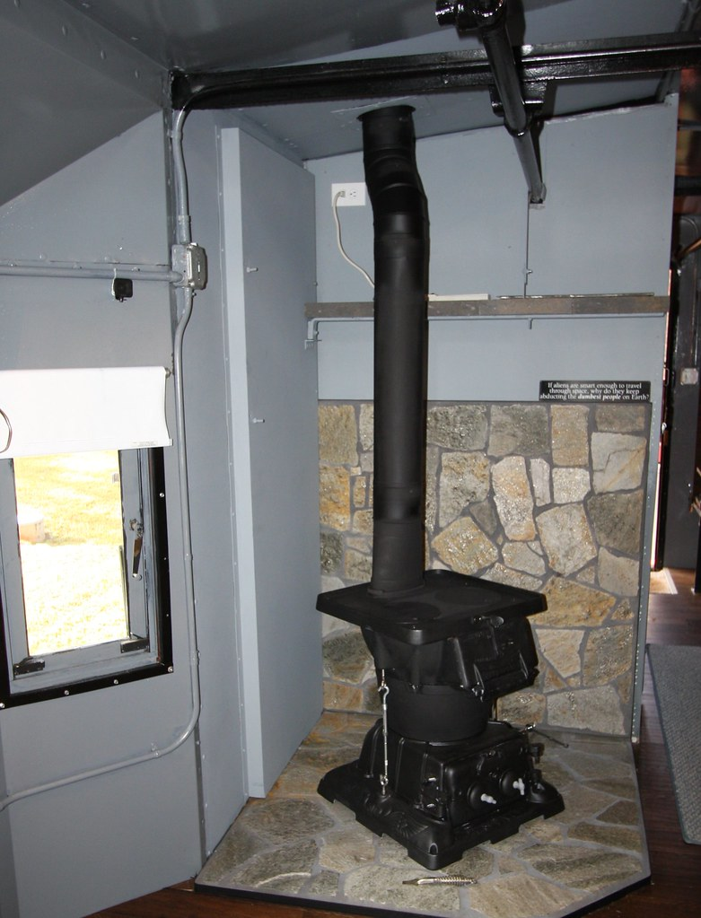 1905 Estate Coal stove