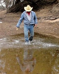 10 WS Way to cool of in my Wrangler gear & boots (Wrangswet) Tags: wranglers riverhike swimmingfullyclothed wetjeans wetboots wetladz wetcowboy swimminginjeans wetcowboyboots wetwranglerjeans meninwetjeans guysswimminginjeans