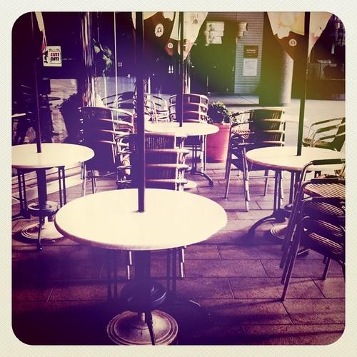 青山オーバルカフェ