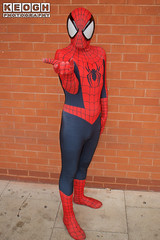 IMG_1827.jpg (Neil Keogh Photography) Tags: gloves spiderman tvfilm marvel theavengers webs boots comics red spidey blue spider theamazingspiderman mask videogames manchestersummerminicon marvelcomics jumpsuit black peterparker cosplayer cosplay male white