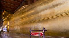 The famous reclining Buddha (HansPermana) Tags: bangkok thailand city cityscape temple sacred tourist architecture