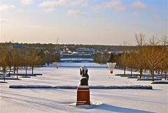 Winter Thinker (j.e.morgan) Tags: sculpture snow kansascity rodin shuttlecock thethinker nelsonatkinsmuseumofart