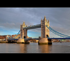 London tower Bridge ( Daylight version) (Hadi Al-Sinan Photography) Tags: bridge 2 urban london tower rural canon photography daylight day shot mark version best explore ii 5d hadi 2470mm interstingness      alsinan