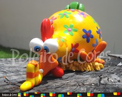 ref. 176 - Love is in the air (POLEIRO DE CORES) Tags: chicken galinha handmade artesanato biscuit gourd calabaza decorao gallinas cabaa toyart porcelanafria porongo poronga