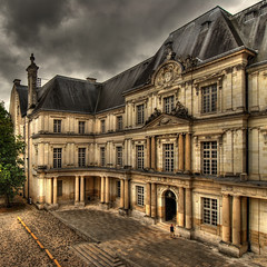 the castle of Blois (rinogas) Tags: france castle clouds nikon nuvole castello hdr loira blois topseven abigfave rinogas