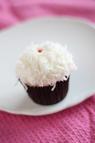 Coconut Cupcake Cupcake Chic (Springville, utah)