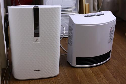 加湿空気清浄機とガスファンヒーター(サイズ比較)