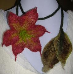 Cranberry Pixie Lariat (pixieloufelt) Tags: necklace felt cranberry lariat