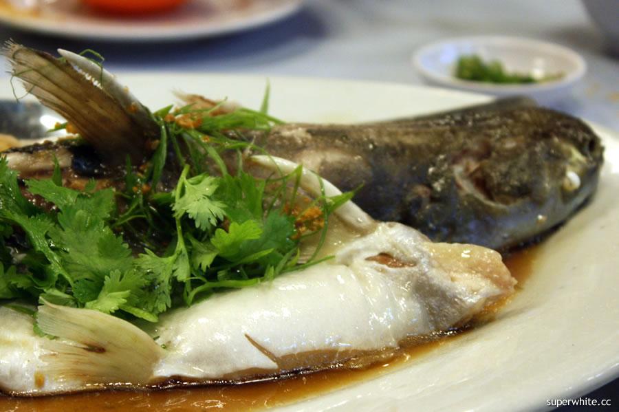 Pantai Seafood Restaurant - river patin