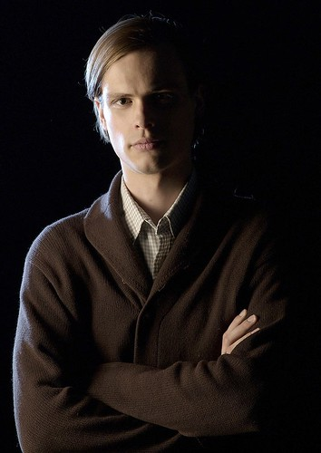 Matthew Gray Gubler_0003
