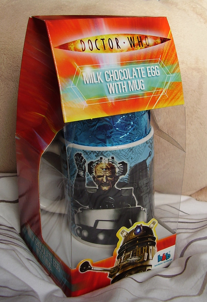 DR WHO - 2010 Easter Egg + Mug