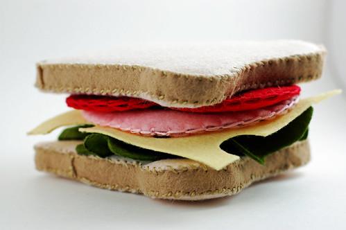 Bologna Sandwich 03