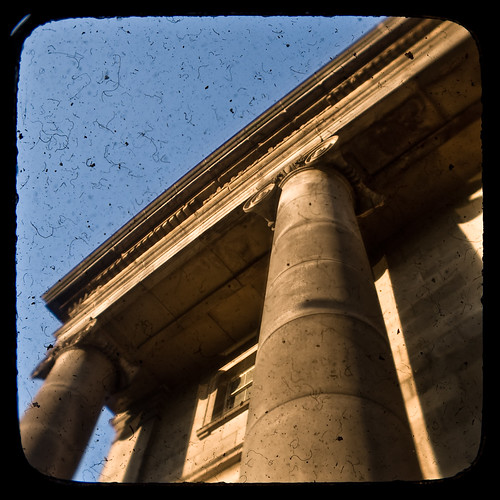 Curzon Street Station by Pete Ashton on flickr (click picture for the original)