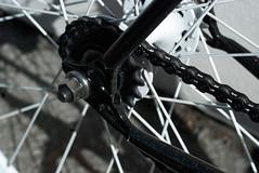 new bike detail: drops (timoni) Tags: sanfrancisco black design stem track headset sparkle frame fixed fixie velocity gruppe nitto chrisking shimano livery seatpost lugs lugged dropbars origin8 liverydesigngruppe