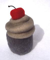 Grey Cupcake4
