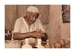 Fakhar (HASAN_ADEL) Tags: life old portrait history work canon day traditional daily every saudi arabia tradition tamron job 450 adel  ahsa ksa hasan   alhassa        18250     450d     alahsa       gistorical