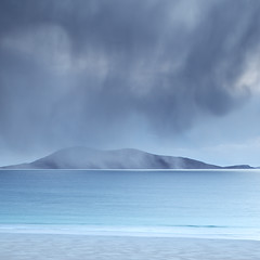 Wintry Shower over Ceapabhal (David Kendal) Tags: longexposure rain shower moody minimal minimalist luskentyre isleofharris ceapabhal soundoftaransay