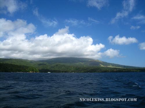 cloud and island