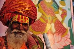 inde 2010 (1109) (alexandre.sattler) Tags: india water river temple women varanasi ine shiva sari baba puja swami ganga ghats nagas haridwar gange hollyriver kumbamela shilom sadhou