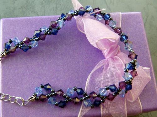 紫藍色典雅精鑽