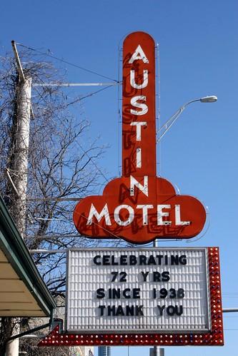 austin motel signage