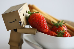 Happy food for breakfast (Addixon777) Tags: food japan closeup toy strawberry amazon berries mini eat figures danbo danboard