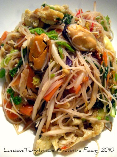 Fried Mee Hoon - Weeknight Dinner