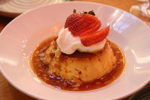 Phlight Restaurant, Whittier, CA - Creme Caramel Flan