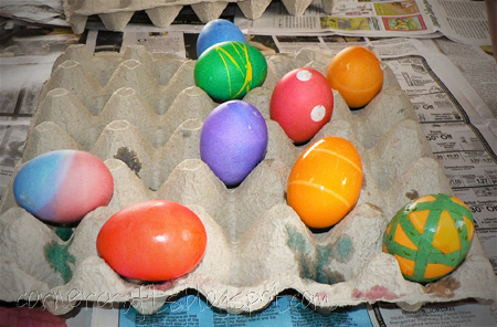 easter eggs decorating dying