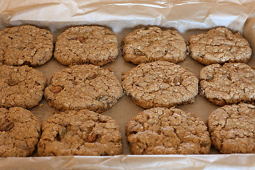 Eggless Oatmeal & Raisin Cookies