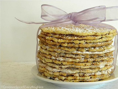 Italian Pizzelle Cookies
