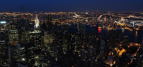 Vista nocturna de la ciudad que nunca duerme