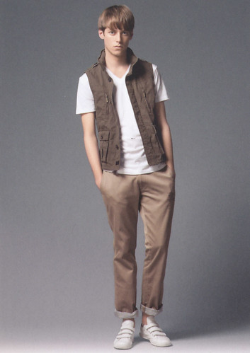 Benjamin Wenke0048_Burberry Black Label Summer 2010(Catalog)