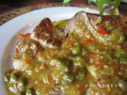狄尼休斯酸豆鯷魚紅酒醋醬汁仔細看