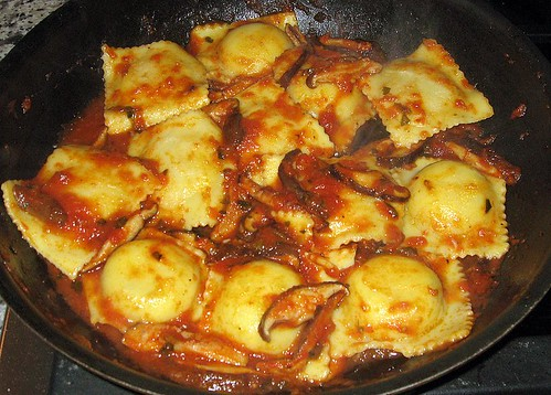 Scordo Pasta Challenge #115 Ravioli with Mushroom Tomato Sauce