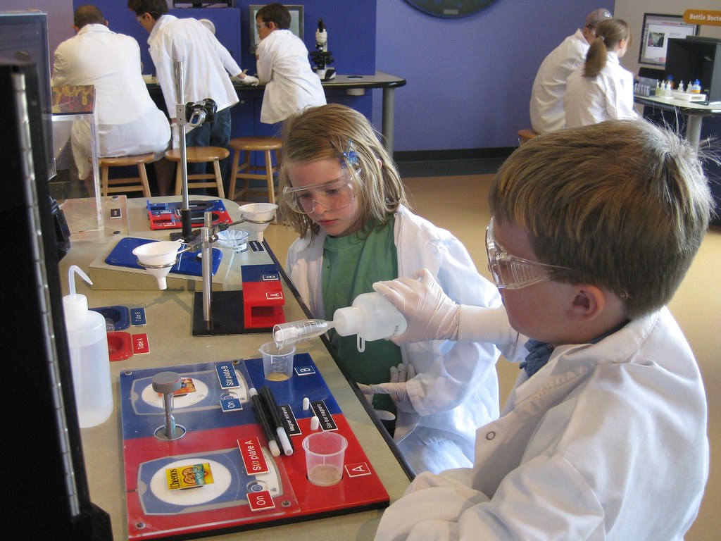 science_kids by automationtx, on Flickr