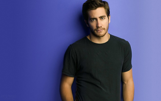 jake_gyllenhaal-001-1920x1200-hollywooddesktop by yetc90