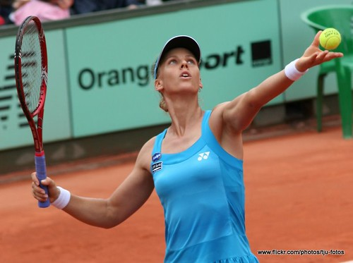 Elena Dementieva plays at the French Open 2010