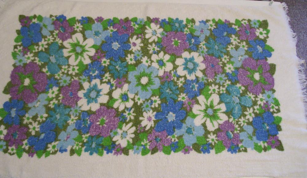 Vintage Floral Towel 4