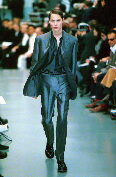 FW1999_Paris_Yves Saint Laurent0002_James Rousseau
