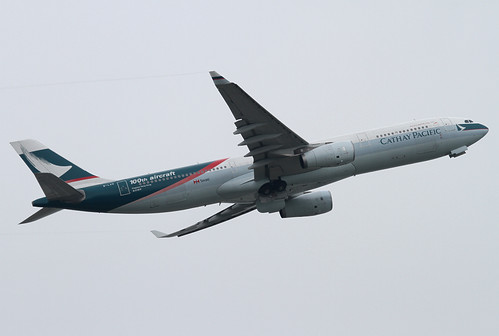 Airbus | A330-343X | Cathay Pacific Airways | 100th aircraft | B-LAD | Hong Kong | HKG | VHHH