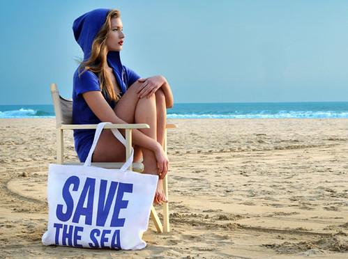 4683100960 f2e8eccbf0 Save TheSea: Eco fashion for a hot summer on the beach
